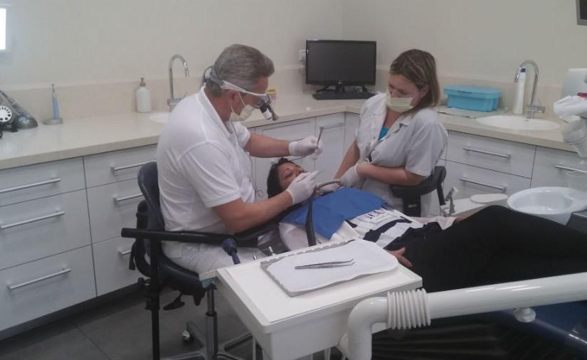 חידושים משמעותיים בעולם רפואת השיניים מובילים לטיפולים טובים יותר מבעבר